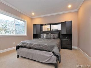 Photo 9: 2267 Players Drive in VICTORIA: La Bear Mountain Single Family Detached for sale (Langford)  : MLS®# 359410