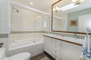 Photo 15: 877 ROSS Road in North Vancouver: Lynn Valley House for sale : MLS®# R2028383