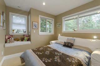 Photo 11: 877 ROSS Road in North Vancouver: Lynn Valley House for sale : MLS®# R2028383