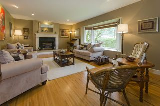 Photo 2: 877 ROSS Road in North Vancouver: Lynn Valley House for sale : MLS®# R2028383