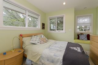 Photo 10: 877 ROSS Road in North Vancouver: Lynn Valley House for sale : MLS®# R2028383