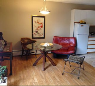 "Photo 3: 301 605 COMO LAKE Avenue in Coquitlam: Coquitlam West Condo for sale in ""CENTENNIAL HOUSE"" : MLS®# R2044445"