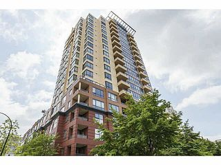 """Photo 1: 614 3588 VANNESS Avenue in Vancouver: Collingwood VE Condo for sale in """"Emerald Green"""" (Vancouver East)  : MLS®# R2060702"""