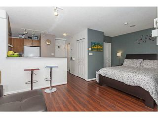 """Photo 5: 614 3588 VANNESS Avenue in Vancouver: Collingwood VE Condo for sale in """"Emerald Green"""" (Vancouver East)  : MLS®# R2060702"""