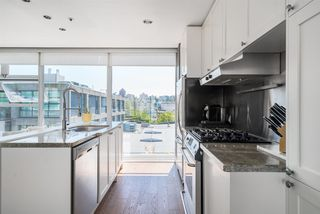 "Photo 9: 2 1650 W 1ST Avenue in Vancouver: False Creek Townhouse for sale in ""THE ELLIS FOSTER BUILDING"" (Vancouver West)  : MLS®# R2062356"