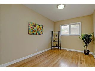 Photo 12: 9312 5 Street SE in Calgary: Acadia House for sale : MLS®# C4063076