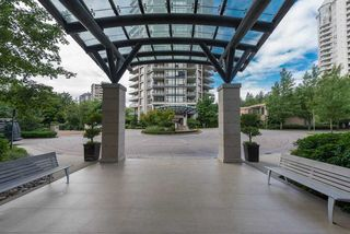 "Photo 11: 1404 6168 WILSON Avenue in Burnaby: Metrotown Condo for sale in ""JEWEL II"" (Burnaby South)  : MLS®# R2075707"