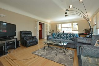 Photo 3: 3805 Quadra St in VICTORIA: SE Quadra House for sale (Saanich East)  : MLS®# 735444