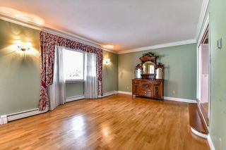 "Photo 3: 15872 101A Avenue in Surrey: Guildford House for sale in ""SOMERSET"" (North Surrey)  : MLS®# R2084391"