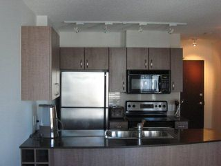 "Photo 1: 2502 610 GRANVILLE Street in Vancouver: Downtown VW Condo for sale in ""THE HUDSON"" (Vancouver West)  : MLS®# R2104387"