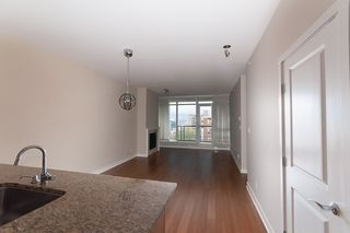 "Photo 5: 1003 1468 W 14TH Avenue in Vancouver: Fairview VW Condo for sale in ""THE AVEDON"" (Vancouver West)  : MLS®# R2117135"