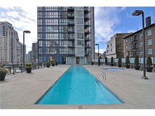 "Photo 2: 301 1155 SEYMOUR Street in Vancouver: Downtown VW Condo for sale in ""BRAVA"" (Vancouver West)  : MLS®# R2117217"