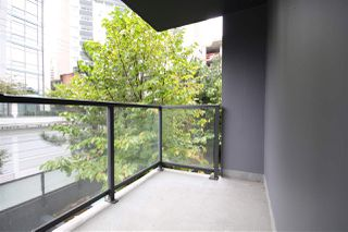 "Photo 10: 301 1155 SEYMOUR Street in Vancouver: Downtown VW Condo for sale in ""BRAVA"" (Vancouver West)  : MLS®# R2117217"