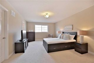 Photo 13: 1007 Sprucedale Lane in Milton: Dempsey House (2-Storey) for sale : MLS®# W3663798