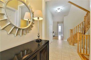 Photo 4: 1007 Sprucedale Lane in Milton: Dempsey House (2-Storey) for sale : MLS®# W3663798