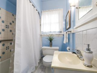Photo 12: 2475 W 16TH Avenue in Vancouver: Kitsilano House for sale (Vancouver West)  : MLS®# R2143783