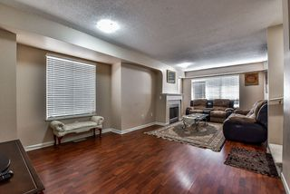 "Photo 2: 44 12778 66 Avenue in Surrey: West Newton Townhouse for sale in ""Hathaway Village"" : MLS®# R2153687"