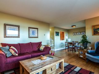 Photo 7: 204 894 S ISLAND S Highway in CAMPBELL RIVER: CR Willow Point Condo for sale (Campbell River)  : MLS®# 756654
