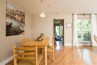 Photo 5: 205 2401 HAWTHORNE AVENUE in Port Coquitlam: Central Pt Coquitlam Condo for sale : MLS®# R2171855