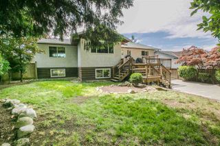 Photo 4: 747 SYDNEY Avenue in Coquitlam: Coquitlam West House for sale : MLS®# R2186504