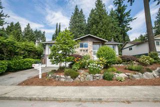 Photo 2: 747 SYDNEY Avenue in Coquitlam: Coquitlam West House for sale : MLS®# R2186504