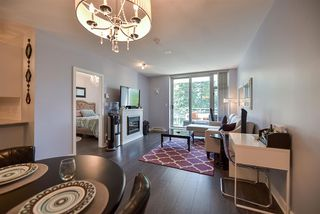 """Photo 6: 1007 280 ROSS Drive in New Westminster: Fraserview NW Condo for sale in """"THE CARLYLE"""" : MLS®# R2194629"""