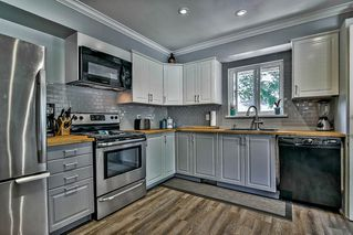 Photo 6: 11575 97 Avenue in Surrey: Royal Heights House for sale (North Surrey)  : MLS®# R2198554