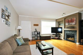 Photo 3: 61 11252 COTTONWOOD DRIVE in Maple Ridge: Cottonwood MR Townhouse for sale : MLS®# R2191541