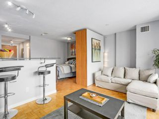Photo 4: 1703 63 KEEFER Place in Vancouver: Downtown VW Condo for sale (Vancouver West)  : MLS®# R2208483