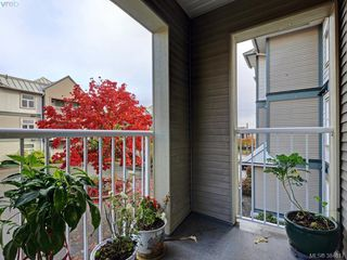 Photo 11: 211 3008 Washington Ave in VICTORIA: Vi Burnside Condo for sale (Victoria)  : MLS®# 773004