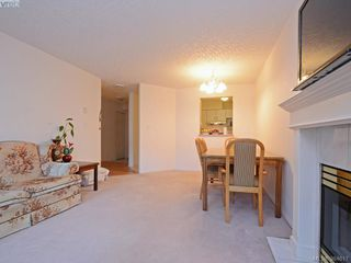 Photo 3: 211 3008 Washington Ave in VICTORIA: Vi Burnside Condo for sale (Victoria)  : MLS®# 773004