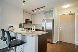 """Photo 5: 1001 2289 YUKON Crescent in Burnaby: Brentwood Park Condo for sale in """"WATERCOLOURS"""" (Burnaby North)  : MLS®# R2228233"""