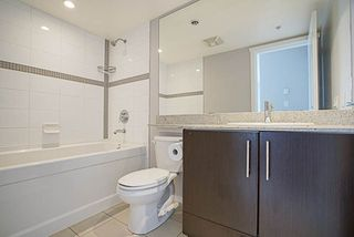"""Photo 13: 1001 2289 YUKON Crescent in Burnaby: Brentwood Park Condo for sale in """"WATERCOLOURS"""" (Burnaby North)  : MLS®# R2228233"""