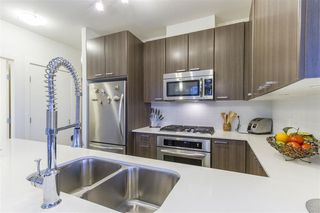 Photo 5: 802 2789 SHAUGHNESSY Street in Port Coquitlam: Central Pt Coquitlam Condo for sale : MLS®# R2234672