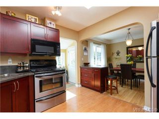 Photo 17: 1439 Brooke Street in VICTORIA: Vi Fairfield West Residential for sale (Victoria)  : MLS®# 351861