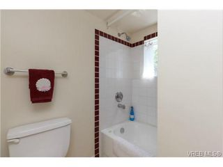 Photo 7: 1439 Brooke Street in VICTORIA: Vi Fairfield West Residential for sale (Victoria)  : MLS®# 351861