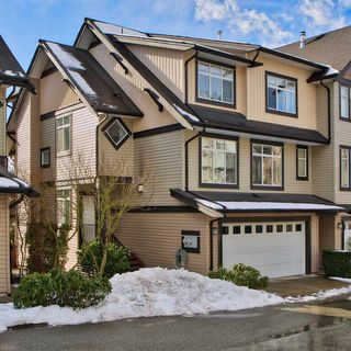 """Main Photo: 48 19932 70 Avenue in Langley: Willoughby Heights Townhouse for sale in """"Summerwood"""" : MLS®# R2242474"""