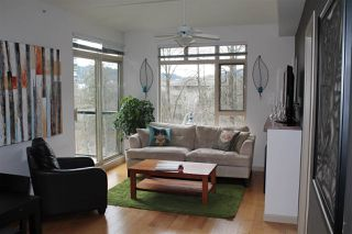 "Photo 3: 401 100 CAPILANO Road in Port Moody: Port Moody Centre Condo for sale in ""SUTERBROOK"" : MLS®# R2244318"