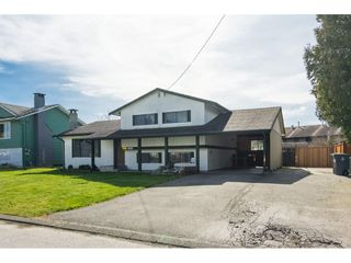 Photo 18: 17796 59 Avenue in Surrey: Cloverdale BC House for sale (Cloverdale)  : MLS®# R2246356