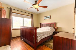 """Photo 10: 108 E 56TH Avenue in Vancouver: South Vancouver House for sale in """"LANGARA"""" (Vancouver East)  : MLS®# R2257447"""