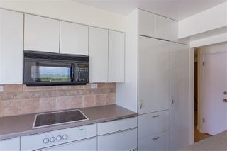 """Photo 7: 801 1960 ROBSON Street in Vancouver: West End VW Condo for sale in """"LAGOON TERRACE"""" (Vancouver West)  : MLS®# R2270838"""