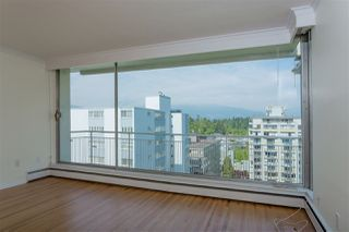 """Photo 3: 801 1960 ROBSON Street in Vancouver: West End VW Condo for sale in """"LAGOON TERRACE"""" (Vancouver West)  : MLS®# R2270838"""