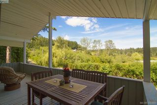 Photo 2: 61 Durrance Road in VICTORIA: SW West Saanich Single Family Detached for sale (Saanich West)  : MLS®# 392493