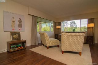 Photo 6: 61 Durrance Road in VICTORIA: SW West Saanich Single Family Detached for sale (Saanich West)  : MLS®# 392493