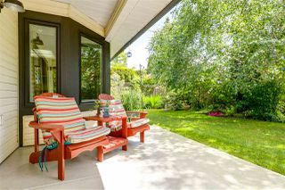 """Photo 2: 6360 HOLLY PARK Drive in Delta: Holly House for sale in """"SUNRISE"""" (Ladner)  : MLS®# R2278392"""