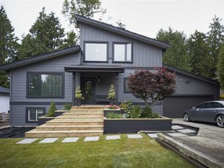 Photo 1: 40433 THUNDERBIRD Ridge in Squamish: Garibaldi Highlands House for sale : MLS®# R2286237