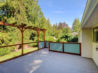 Photo 10: 5168 Del Monte Avenue in VICTORIA: SE Cordova Bay Single Family Detached for sale (Saanich East)  : MLS®# 395359