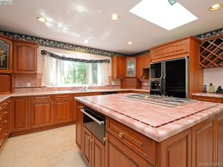 Photo 19: 5168 Del Monte Avenue in VICTORIA: SE Cordova Bay Single Family Detached for sale (Saanich East)  : MLS®# 395359