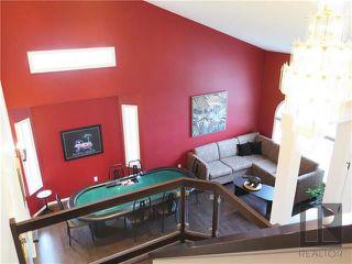 Photo 2: 34 Harrogate Bay in Winnipeg: Charleswood Residential for sale (1G)  : MLS®# 1819592