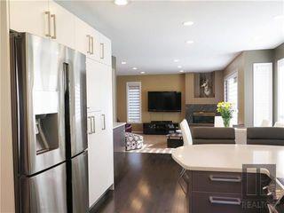 Photo 3: 34 Harrogate Bay in Winnipeg: Charleswood Residential for sale (1G)  : MLS®# 1819592
